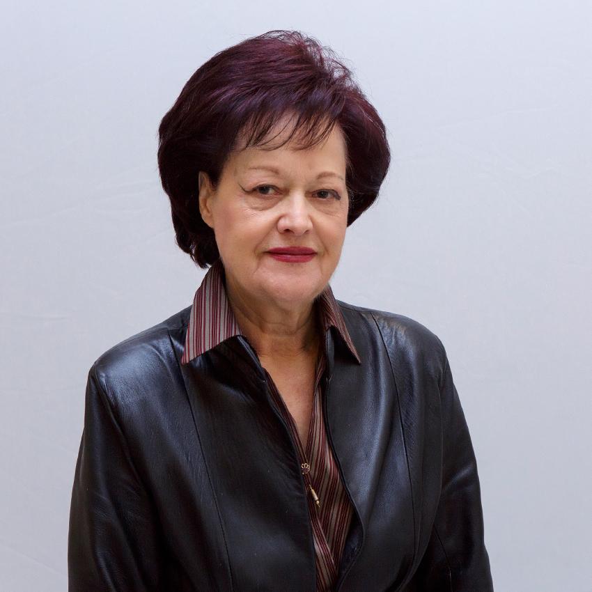 Στέλλα Πριόβολου - Γεωργαλά | Ομότιμη Καθηγήτρια | Τμήμα Ιταλικής Γλώσσας και Φιλολογίας ΕΚΠΑ