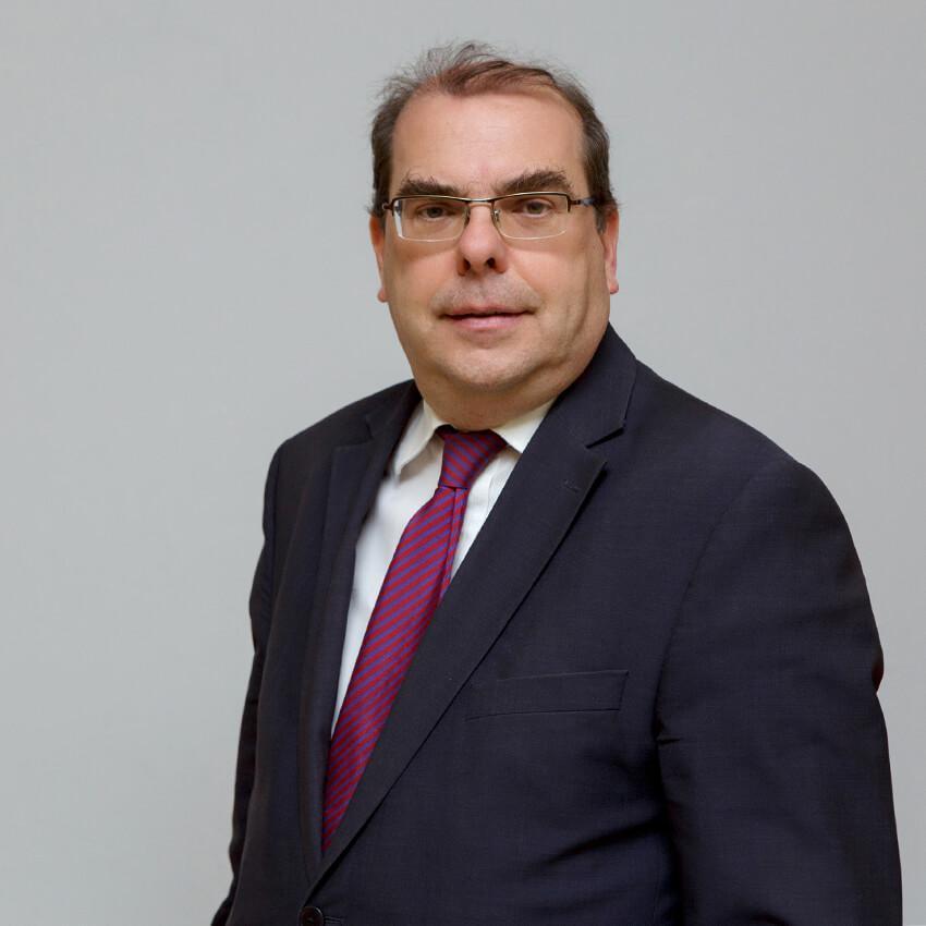 Ευστάθιος Ευσταθόπουλος | Καθηγητής Ιατρικής Φυσικής - Ακτινοφυσικής | Ιατρική Σχολή ΕΚΠΑ