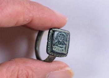 Σπάνιο βυζαντινό δαχτυλίδι ανακαλύφθηκε στο Ισραήλ